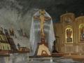 Распятие у монастырского алтаря