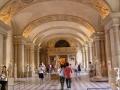 Залы музея Лувр